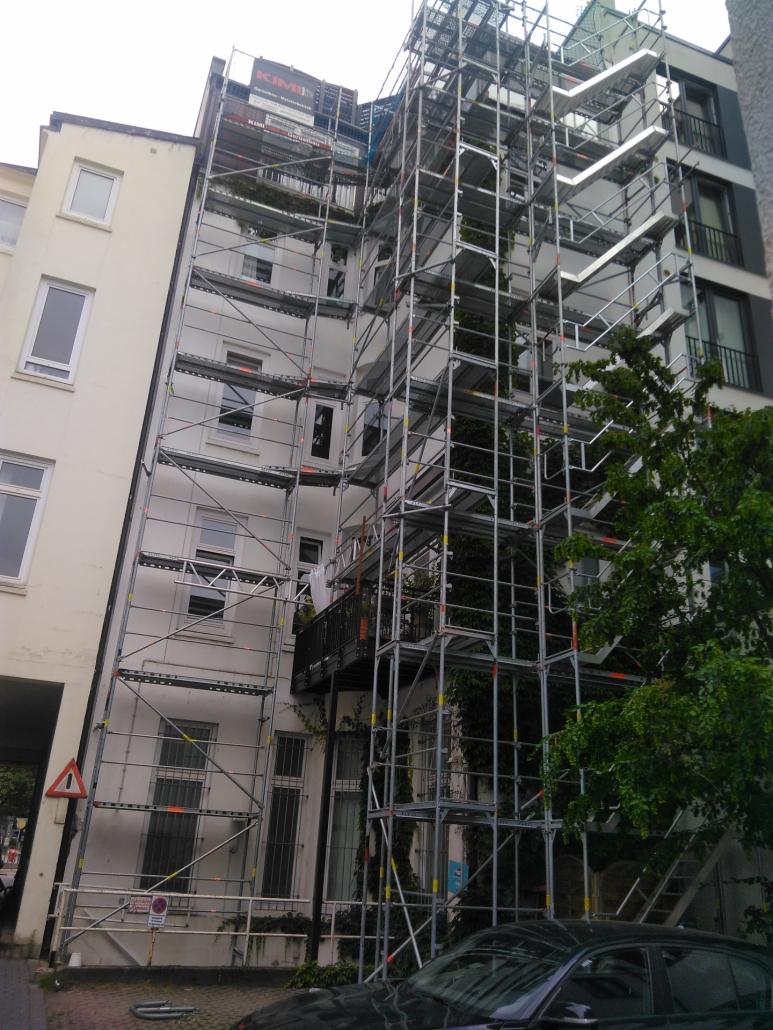 Kimi-Gerüstbau-Trockenbau-Fassadengerüst-Hamburg-Eppendorfer-Landstrasse-DISA-Hausverwaltung-Bild-2