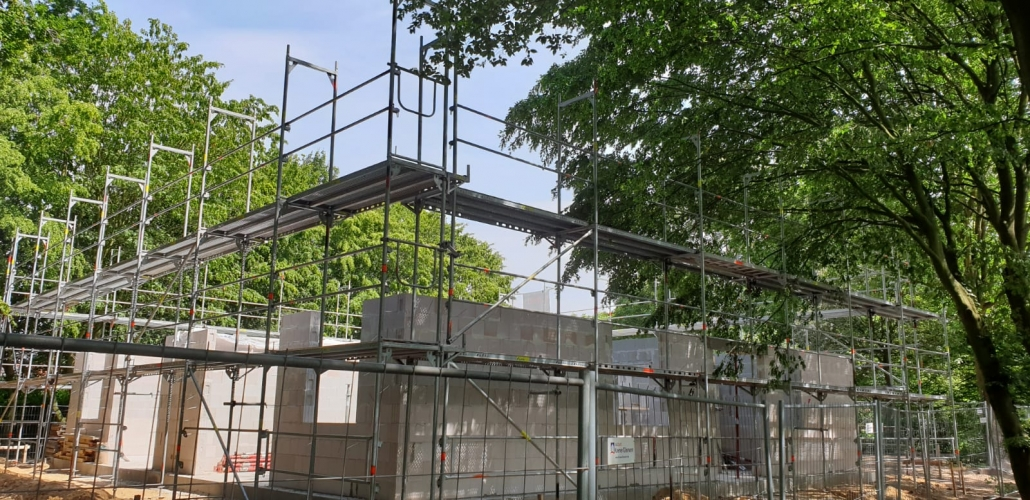 Kimi-Gerüstbau-Trockenbau-Neubaugerüst-Elmshorn-Teichweg-Keil-Bild-1