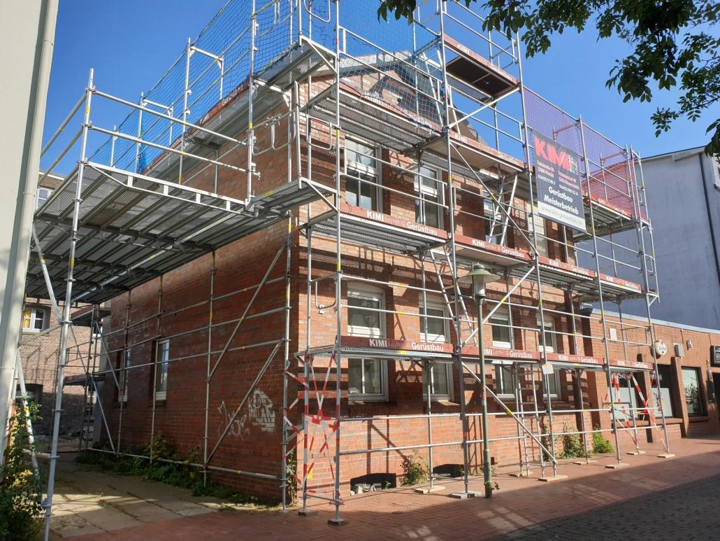 Kimi-Gerüstbau-Trockenbau-Fassadengerüst-Elmshorn-Panjestraße-Bild-2