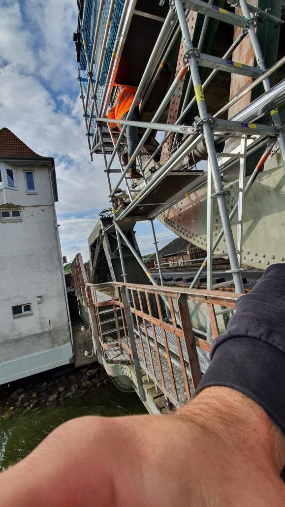 Kimi-Gerüstbau-Trockenbau-Industriespezialgerüst-Wedel-Uetersen-Lindaunisbrücke-Bild-2