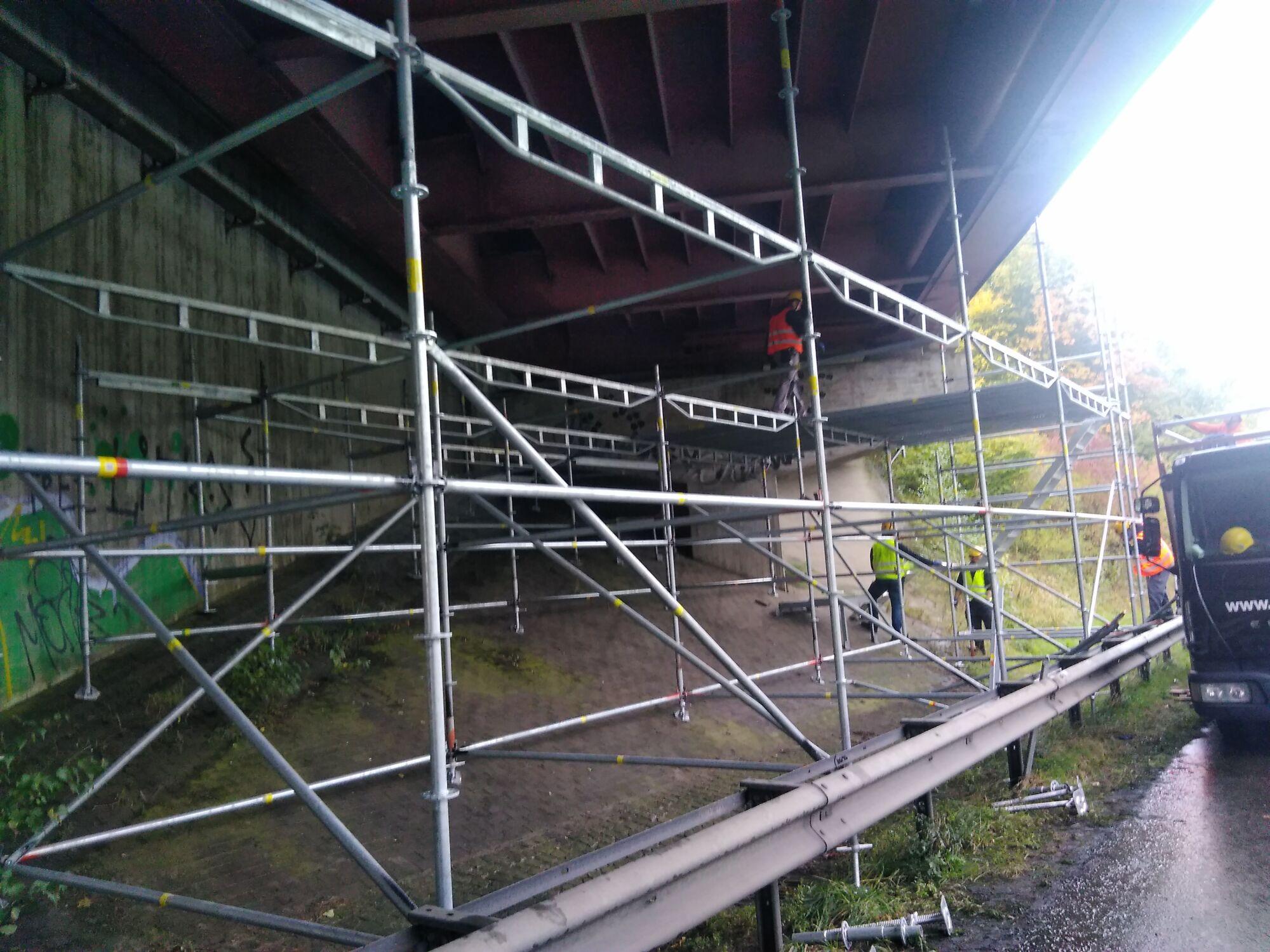 Industriespezialgerüst Autobahnbrücke Dänischburg in Zusammenarbeit mit Stahlbau Schröder-Bild-6