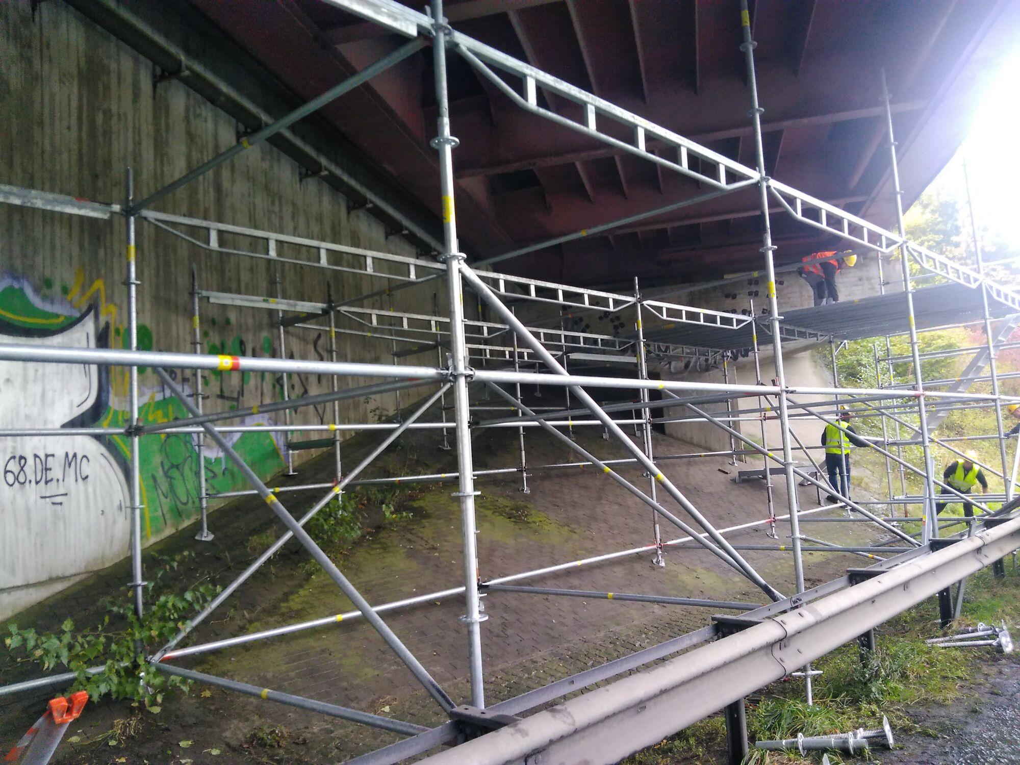 Industriespezialgerüst Autobahnbrücke Dänischburg in Zusammenarbeit mit Stahlbau Schröder-Bild-7