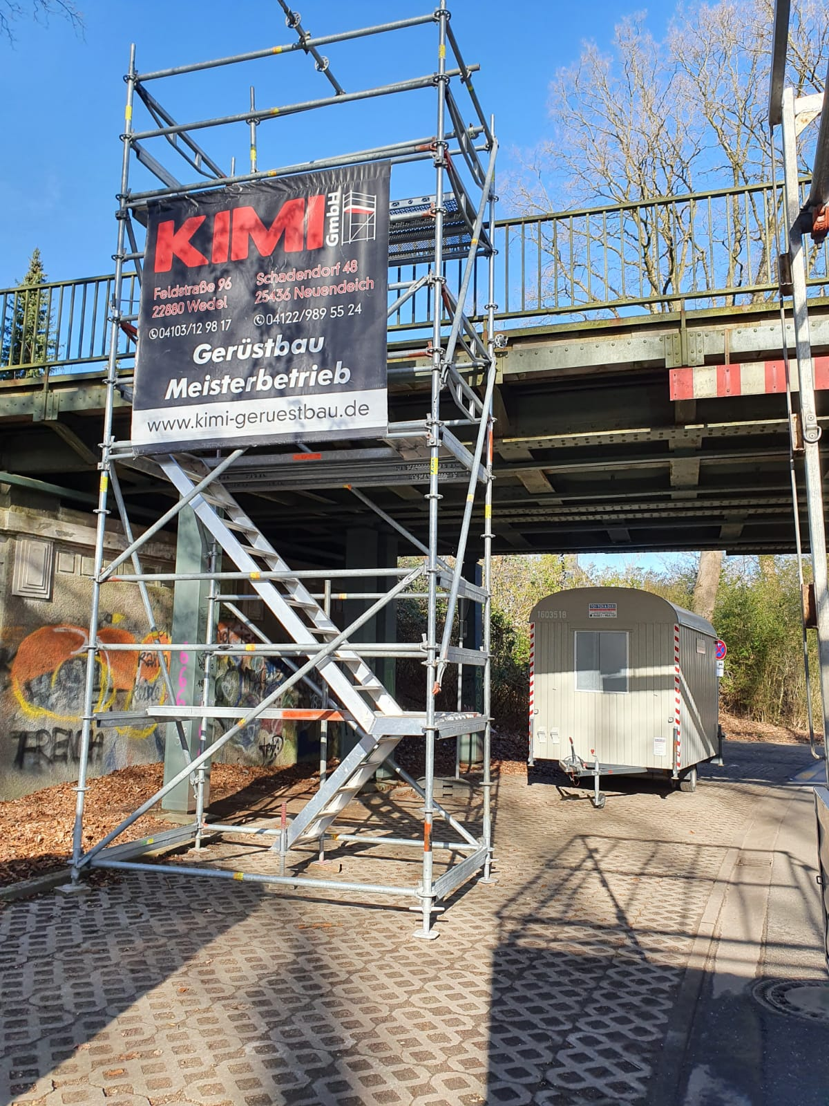 Industriespezialgerüst S-Bahn-Brücke Hamburg in Zusammenarbeit mit Stahlbau Schröder-Bild-1